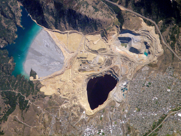 Berkeley Pit and Yankee Doodle tailings pond: Butte, Montana via Wikipedia